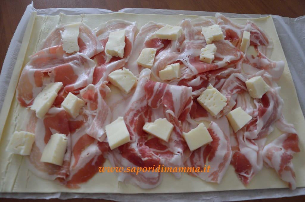 girelle di sfoglia con pancetta